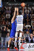 DESCRIZIONE : Beko Legabasket Serie A 2015- 2016 Dinamo Banco di Sardegna Sassari - Enel Brindisi<br /> GIOCATORE : Jarvis Varnado<br /> CATEGORIA : Tiro Penetrazione Sottomano Controcampo<br /> SQUADRA : Dinamo Banco di Sardegna Sassari<br /> EVENTO : Beko Legabasket Serie A 2015-2016<br /> GARA : Dinamo Banco di Sardegna Sassari - Enel Brindisi<br /> DATA : 18/10/2015<br /> SPORT : Pallacanestro <br /> AUTORE : Agenzia Ciamillo-Castoria/C.Atzori