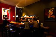 Vino, a wine bar in Manzanita, Oregon