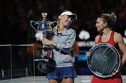 January 27, 2018 - Melbourne, Australia - Caroline Wozniacki and Simona Halep during Australian open awards ceremony.  (Credit Image: © Panoramic via ZUMA Press)