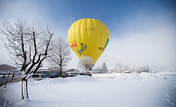 11.02.2015, Zell am See - Kaprun, AUT, BalloonAlps, im Bild ein Heissluftballon am Boden // BalloonAlps, The Alps Crossing Event balloonalps is Austria's international Winter balloon week in front of the backdrop of the Hohe Tauern, Zell am See Kaprun on 2015/02/11, . EXPA Pictures © 2014, PhotoCredit: EXPA/ JFK