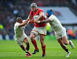 Jonathan Davies of Wales takes on the England defence - Mandatory byline: Patrick Khachfe/JMP - 07966 386802 - 12/03/2016 - RUGBY UNION - Twickenham Stadium - London, England - England v Wales - RBS Six Nations.