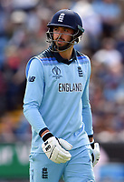 Cricket - 2019 ICC Cricket World Cup - Group Stage: England vs. Sri Lanka<br /> <br /> England's James Vince dejected as he is caught by Sri Lanka's Kusal Mendis off the bowling of Lasith Malinga for 14, at Headingley, Leeds<br /> <br /> COLORSPORT/ASHLEY WESTERN