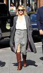 September 28, 2016 - New York, New York, United States - Actress Naomi Watts was on the Greenwich Village set of the new TV show 'Gypsy' on September 28 2016 in New York City  (Credit Image: © Zelig Shaul/Ace Pictures via ZUMA Press)