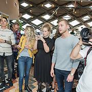 NLD/Amsterdam/2017102 - Presentator tassenlijn Geraldine Kemper, Jan Versteegh