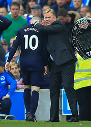 15 October 2017 -  Premier League - Brighton and Hove Albion v Everton - Ronald Koeman manager of Everton embraces Wayne Rooney as he is substituted after scoring a late penalty - Photo: Marc Atkins/Offside