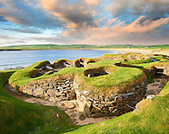 The neolithic  ( circa 2,500 to circa 2,000 BC)  settlement of Skara Brae the best preserved groups of prehistoric houses in Western Europe. Built before the Pyramids Skara Brae gives an insight into the levels of sophistication Neolithic people reached well before the Pyramids were built. Skara Brae, Orkney Scotland. .<br /> <br /> Visit our SCOTLAND HISTORIC PLACXES PHOTO COLLECTIONS for more photos to download or buy as wall art prints https://funkystock.photoshelter.com/gallery-collection/Images-of-Scotland-Scotish-Historic-Places-Pictures-Photos/C0000eJg00xiv_iQ<br /> '<br /> Visit our PREHISTORIC PLACES PHOTO COLLECTIONS for more  photos to download or buy as prints https://funkystock.photoshelter.com/gallery-collection/Prehistoric-Neolithic-Sites-Art-Artefacts-Pictures-Photos/C0000tfxw63zrUT4