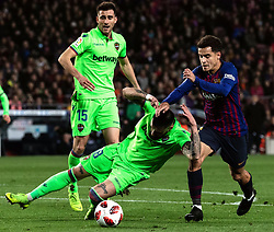 BARCELONA, Jan. 18, 2019  FC Barcelona's Philippe Coutinho (R) competes with Lavente's Erick Cabaco (C).    during the Spanish King's Cup eighth final match between FC Barcelona and Lavente in Barcelona, Spain, on Jan. 17, 2019. (Credit Image: © Joan Gosa/Xinhua via ZUMA Wire)