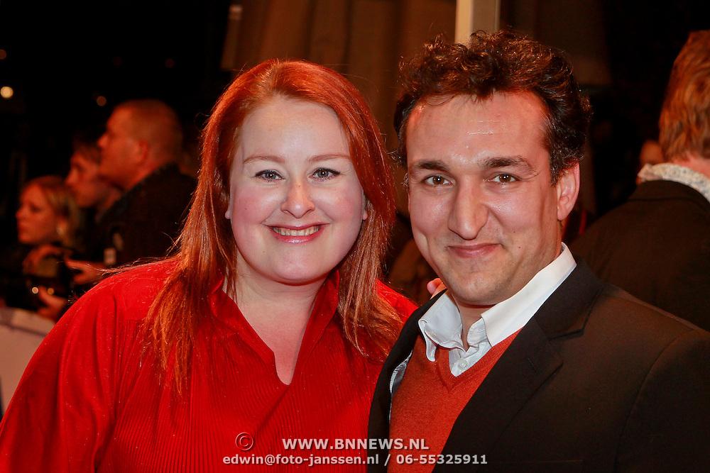 NLD/Den Haag/20110406 - Premiere Alle Tijden, Eva van der Gucht en partner Domenica Mertens