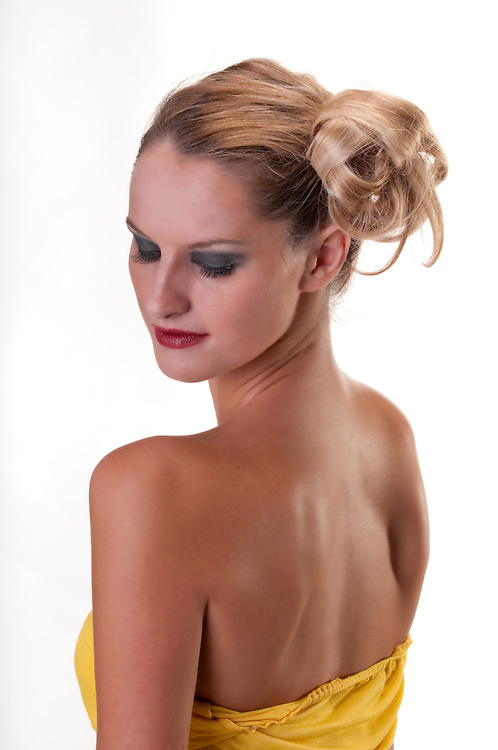Young caucasian woman profile and back and pensive pose
