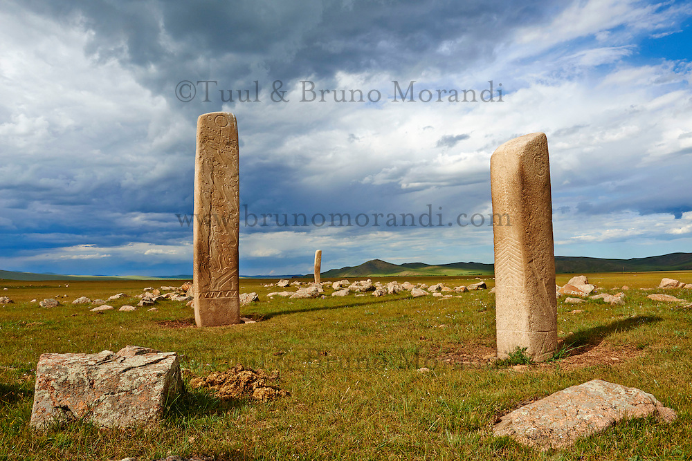 Mongolie, province de Arkhangai, groupe de pierre a cerf de Jargalantyn Am (2e siecle avant JC) // Mongolia, Arkhangai province, group of Deer Stones of Jargalantyn Am, 2th century BC