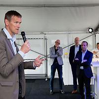 Nederland, Zaandam, 15 mei 2017.<br /> Ingebruikname eerste e-trucks voor Albert Heijn.<br /> De Amsterdamse wethouder Abdeluheb Choho, wethouder Duurzaamheid neemt de eerste van de twee e-trucks in gebruik die Albert Heijn-supermarkten in Amsterdam gaan bevoorraden.<br /> Op de foto: Wim Roks, wagenparkbeheerder bij Simon Loos.<br /> <br /> Foto: Jean-Pierre Jans<br /> <br /> The Netherlands, Zaandam, May 15, 2017. <br /> Commissioning of the first e-trucks for supermarket chain Albert Heijn.The Amsterdam Governor Abdeluheb Choho, alderman durability, standing with the first of the two e-trucks that will supply Albert Heijn supermarkets in Amsterdam. On the picture: Wim Roks fleet manager of Simon Loos.<br /> <br /> Photo: Jean-Pierre Jans