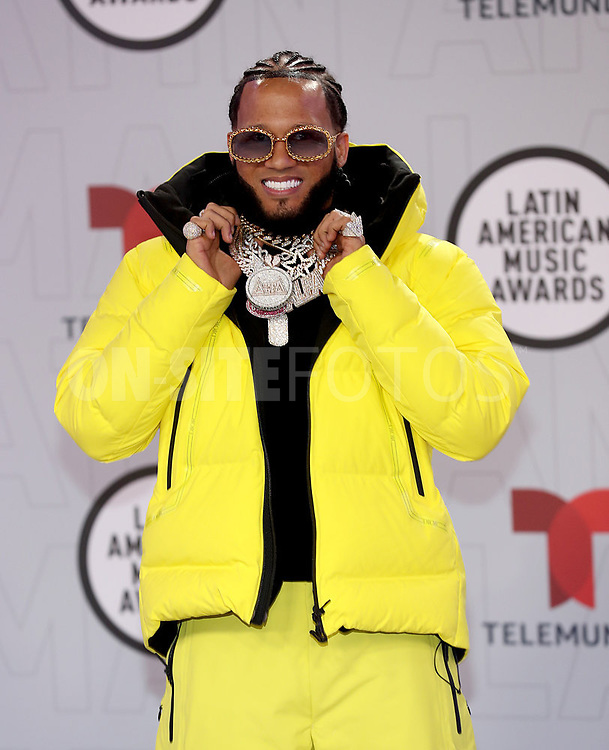 """2021 LATIN AMERICAN MUSIC AWARDS -- """"Red Carpet"""" -- Pictured: El Alfa at the BB&T Center in Sunrise, FL on April 15, 2021 -- (Photo by: Aaron Davidson/Telemundo)"""