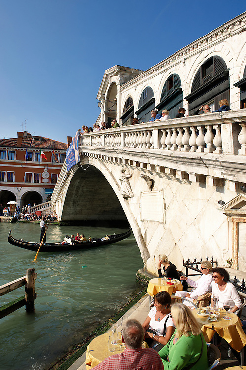 Rialto Bridge Venice .<br /> <br /> Visit our ITALY HISTORIC PLACES PHOTO COLLECTION for more   photos of Italy to download or buy as prints https://funkystock.photoshelter.com/gallery-collection/2b-Pictures-Images-of-Italy-Photos-of-Italian-Historic-Landmark-Sites/C0000qxA2zGFjd_k
