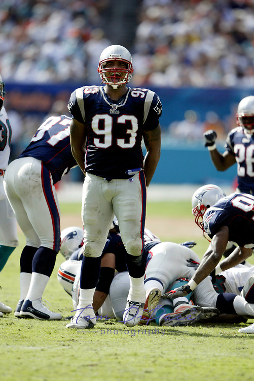©2003 TOM DIPACE<br /> ALL RIGHTS RESERVED<br />      561-968-0600<br /> Richard Seymour<br /> Patriots@Dolphins<br /> 10/19/03