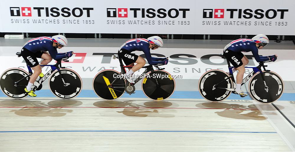 28-02-2018: Wielrennen: WK Baan: Apeldoorn<br /> UCI 2018 Track Cycling World Championships. Apeldoorn The Netherlands - Women's Team Pursuit Qualifying - USA Tissot