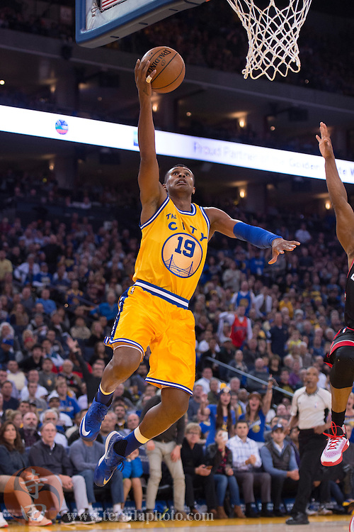 November 17, 2015; Oakland, CA, USA; Golden State Warriors guard Leandro Barbosa (19) shoots a layup during the fourth quarter against the Toronto Raptors at Oracle Arena. The Warriors defeated the Raptors 115-110.