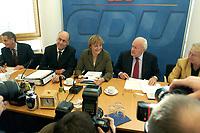 06 OCT 2003, BERLIN/GERMANY:<br /> Laurenz Meyer (L), CDU Generalsekretaer, Angela Merkel (M), CDU Bundesvorsitzende, und Roman Herzog (R), Bundespraesident a.D. u. Vors. d. CDU Rentenkommission, vor Beginn der Sitzung des Bundesvorstandes der CDU, Bundesgeschaeftsstelle<br /> IMAGE: 20031006-02-011