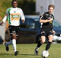 Fotball <br /> La Manga - Spania <br /> 21.03.08<br /> Hønefoss  v  Randaberg  1-0 <br /> <br /> Foto: Dagfinn Limoseth, Digitalsport<br /> <br /> Espen Hægeland , Randaberg  og Umaru Bangura , Hønefoss