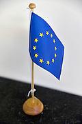 Nederland, Nijmegen, 9-3-2012Een vlaggetje voor op tafel van de vlag, logo, beeldmerk van de eu, europese unie.Foto: Flip Franssen/Hollandse Hoogte