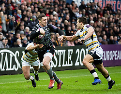 George North of Ospreys under pressure from Ryan Mills of Worcester Warriors<br /> <br /> Photographer Simon King/Replay Images<br /> <br /> European Rugby Challenge Cup Round 5 - Ospreys v Worcester Warriors - Saturday 12th January 2019 - Liberty Stadium - Swansea<br /> <br /> World Copyright © Replay Images . All rights reserved. info@replayimages.co.uk - http://replayimages.co.uk