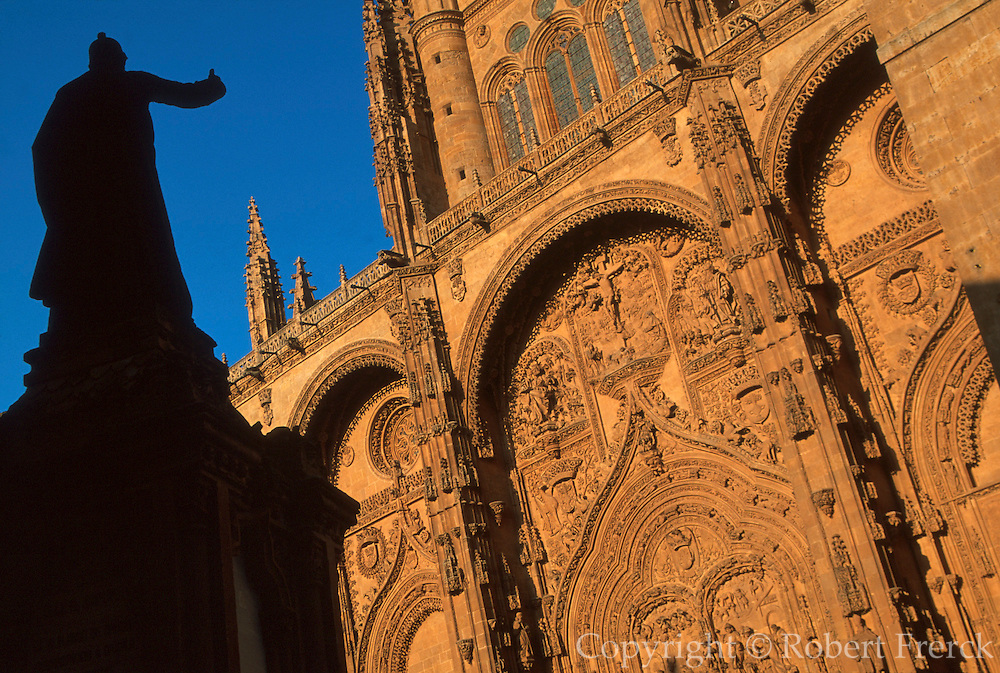SPAIN, CASTILE, SALAMANCA New Cathedral, Plateresque façade