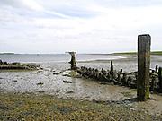 Wrak van een boot bij Kats, Zeeland - Wreck of a boat near Kats, Zeeland, Netherlands