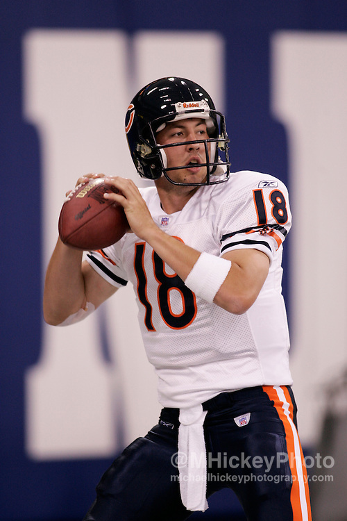 Chicago rookie quarterback Kyle Orton in warmups before NFL preseason action against Indianapolis in the RCA Dome in Indianapolis, IN Aug 20, 2005.