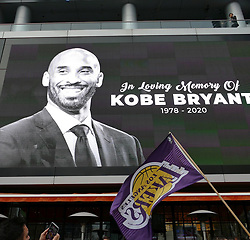 Fans stop to remember LA LAKERS Great KOBE BRYANT as the Grammys are about to begin. 26 Jan 2020 Pictured: KOBE BRYANT Remembered. Photo credit: KAT / MEGA TheMegaAgency.com +1 888 505 6342