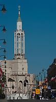28.04.2012 Bialystok N/z ulica Lipowa w glebi jeden z najcenniejszych zabytkow Bialegostoku modernistyczny kosciol pw Sw Rocha fot Michal Kosc / AGENCJA WSCHOD