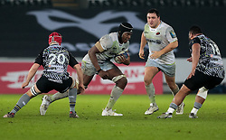Saracens' Maro Itoje lines up Ospreys' Ma'afu Fia<br /> <br /> Photographer Simon King/Replay Images<br /> <br /> European Rugby Champions Cup Round 5 - Ospreys v Saracens - Saturday 13th January 2018 - Liberty Stadium - Swansea<br /> <br /> World Copyright © Replay Images . All rights reserved. info@replayimages.co.uk - http://replayimages.co.uk