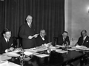 16/12/1959<br /> 12/16/1959<br /> 16 December 1959<br /> <br /> Mr. L.J. Heelan;Dr. J.P. Beddy Chairman(speaking);Mr. F. Casey Divisional Manager; Mr. M.W. O'Reilly; Mr. J Griffin and Mr. S.F. Thompson