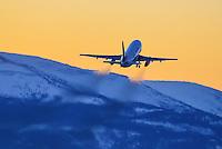 Classic 737-200 departure at -35C