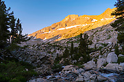 Sunrise along the King River with the Black Divide in the background. John Muir Trail/Pacific Crest Trail; Sequoia Kings Canyon Wilderness; Kings Canyon National Park; Sierra Nevada Mountains, California, USA.