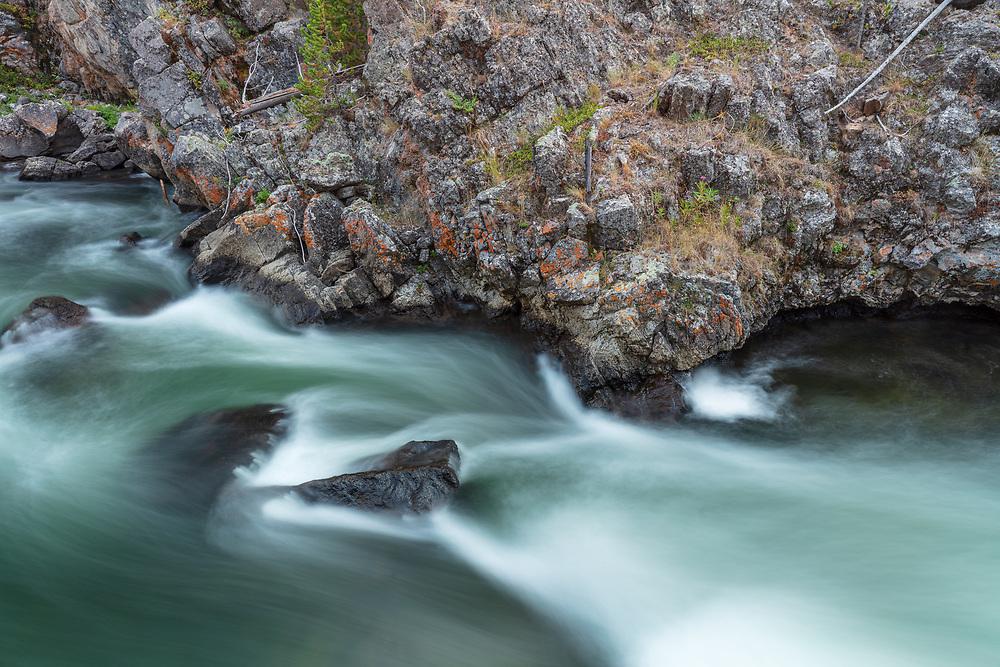 https://Duncan.co/rough-shore-and-velvet-river