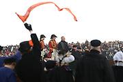 De historische landing van prins Willem Frederik, de latere Koning Willem I, die op het strand van Scheveningen wordt nagespeeld in het kader van de viering van 200 jaar koninkrijk<br /> <br /> The historic landing of Prince Willem Frederik, later King William I, on the beach of Scheveningen is re-enacted in the context of the celebration of 200 years kingdom<br /> <br /> Op de foto / On the photo:  de historische landing van prins Willem Frederik, de latere Koning Willem I, die op het strand van Scheveningen gespeeld door Huub Stapel<br /> <br /> the historic landing of Prince Willem Frederik, later King William I, on the beach of Scheveningen played by Huub Stapel