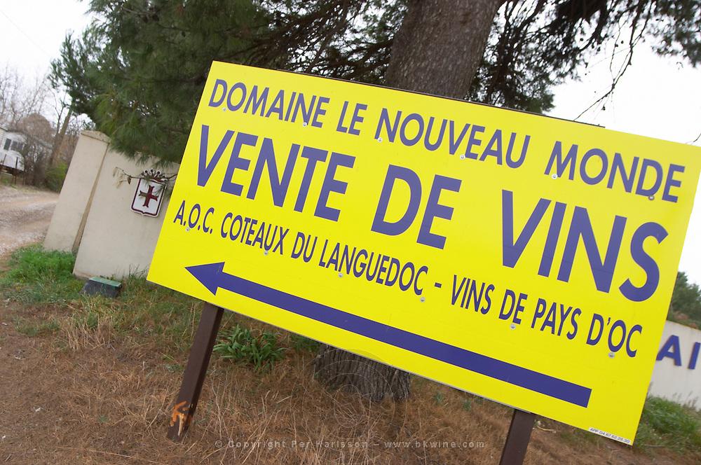 Domaine Le Nouveau Monde. Terrasses de Beziers. Languedoc. France. Europe. Vente de vin - sale of wine.
