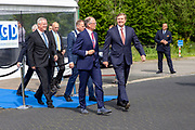 Koning bij viering 100-jarig bestaan Gezondheidsdienst voor Dieren in Deventer.<br /> <br /> Op de foto: Koning Willem-Alexander