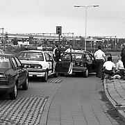 NLD/Weesp/19900512 - Achtervolging en aanhouding 2 inbrekers in Weesp vanaf Huizen