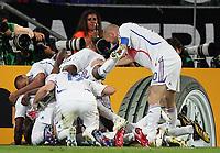 Jubel Frankreich 1:2 durch Patrick Vieira<br /> Fussball WM 2006 Achtelfinale Spanien - Frankreich<br /> Spania - Frankrike<br /> Norway only