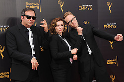 Adam Schlesinger, Rachel Bloom, Jack Dorgen bei den Creative Arts Emmy Awards in Los Angeles / 100916<br /> <br /> <br /> *** at the Creative Arts Emmy Awards in Los Angeles on September 10, 2016 ***