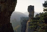 France,Languedoc Roussillon, Lozère, Cevennes, Cause Méjean, Gorges de la Jonte, Corniche du Causse Méjean, le vase de Sèvres