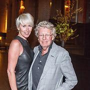 NLD/Amsterdam/20160306 - Modeshow Mart Visser 2016, Jan des Bouvrie en partner Monique