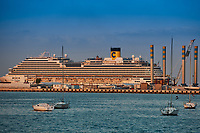 Doha ,Qatar -December 26 , 2019 : cruise boat at the dock  of the marina harbor s