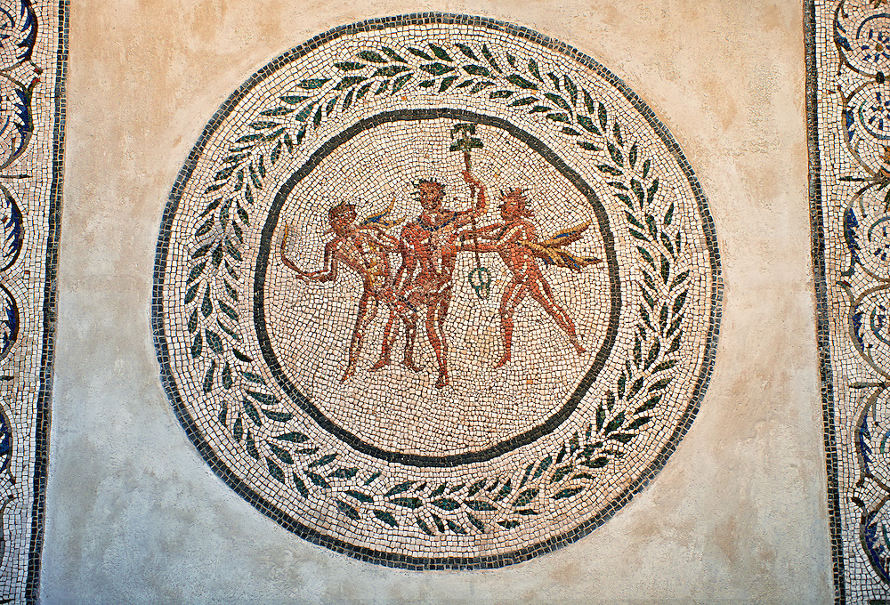 Floor mosaic with Dionysus and satyrs at the center within laurel wreath. From the villa of Farnese at S.Giacomo in Settimiana, Rome. 2nd century AD. National Roman Museum, Rome, Italy .<br /> <br /> If you prefer to buy from our ALAMY PHOTO LIBRARY  Collection visit : https://www.alamy.com/portfolio/paul-williams-funkystock/national-roman-museum-rome-mosaic.html <br /> <br /> Visit our ROMAN ART & HISTORIC SITES PHOTO COLLECTIONS for more photos to download or buy as wall art prints https://funkystock.photoshelter.com/gallery-collection/The-Romans-Art-Artefacts-Antiquities-Historic-Sites-Pictures-Images/C0000r2uLJJo9_s0