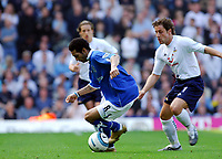 Fotball<br /> Premier League 2004/05<br /> Birmingham v Tottenham<br /> 2. april 2005<br /> Foto: Digitalsport<br /> NORWAY ONLY<br /> JERMAINE PENNANT PLAYING WHILE WEARING A POLICE ANKLE TAG BIRMINGHAM CITY 2005