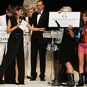 NLD/Den Haag/20091106 - Uitreiking Mercedes-Benz Dutch Fashion Awards 2009, Bas Kosters winnaar Dutch Fashion Incubator Award 2009