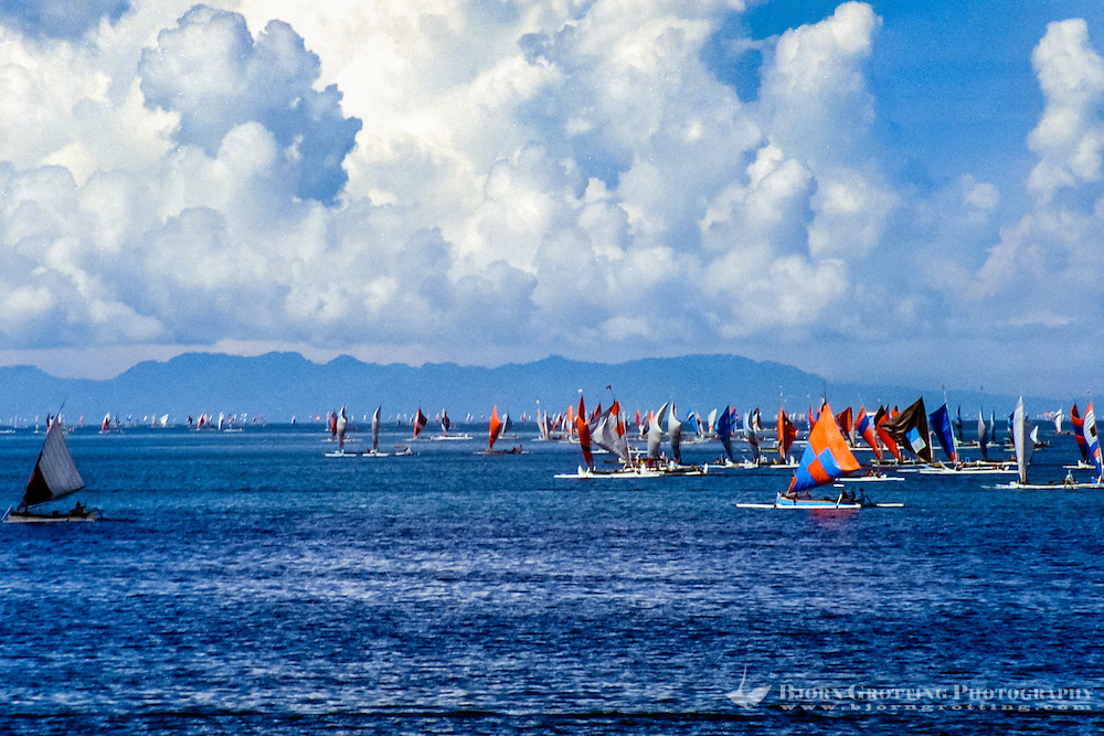 Nusa Tenggara, Lombok, Senggigi. Colourful sails.