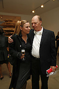 Nicholas Logsdail and Phyllis Kiehl, Sculptures. Tony Cragg. Lisson Gallery. Bell st. Collectors opening. 15 May 2006.  ONE TIME USE ONLY - DO NOT ARCHIVE  © Copyright Photograph by Dafydd Jones 66 Stockwell Park Rd. London SW9 0DA Tel 020 7733 0108 www.dafjones.com