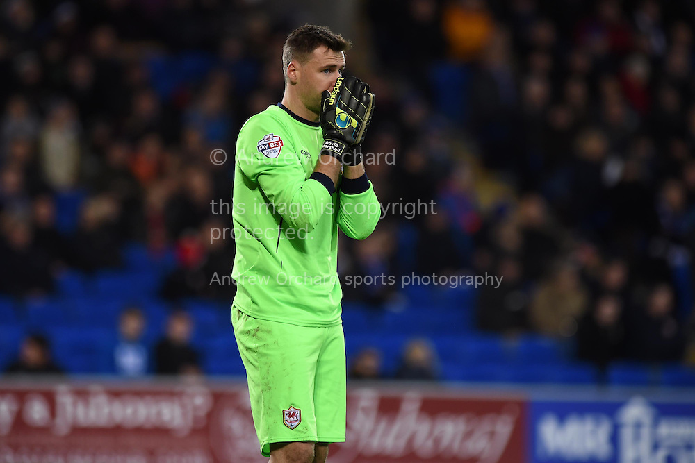 Cardiff city goalkeeper David Marshall looks on. Skybet football league championship match, Cardiff city v Brentford at the Cardiff city stadium in Cardiff, South Wales on Saturday 20th December 2014<br /> pic by Andrew Orchard, Andrew Orchard sports photography.
