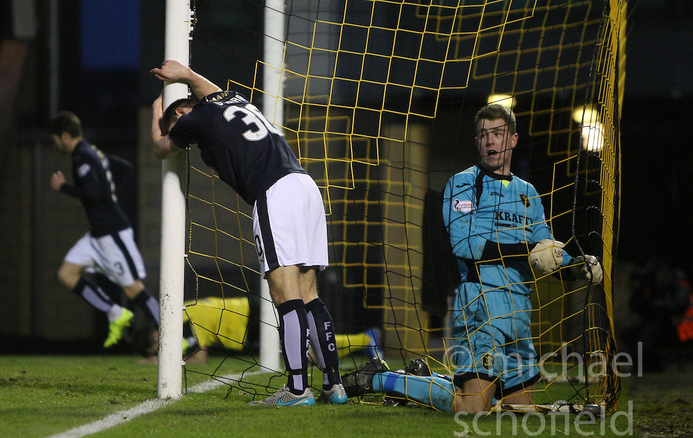 Livingston keeper Marc McCallum looks at Falkirk's Kevin O'Hara after he missed a chance. <br /> Livingston 1 v 1 Falkirk, ScScottish Championship game at The Tony Macaroni Arena at 23/1/2016.